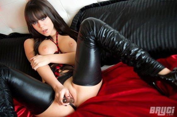 Bryci Kinky Style - 13