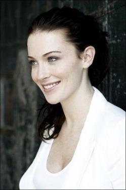 Bridget Regan aka Kahlan Amnell - 05