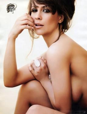 Photo #12 of 15+   Josefina Pouso