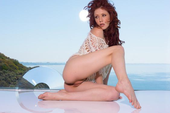 Lovely Redhead Beauty Elle Alexandra in Sky for Ron Harris - 02