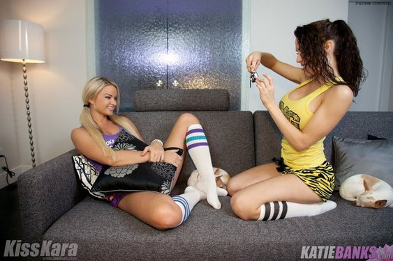 Photo #1 of 15+ | Kiss Kara And Katie Banks On Girls Night Out