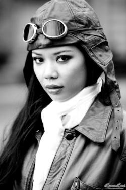Miss Luana Lani Aviator - 00