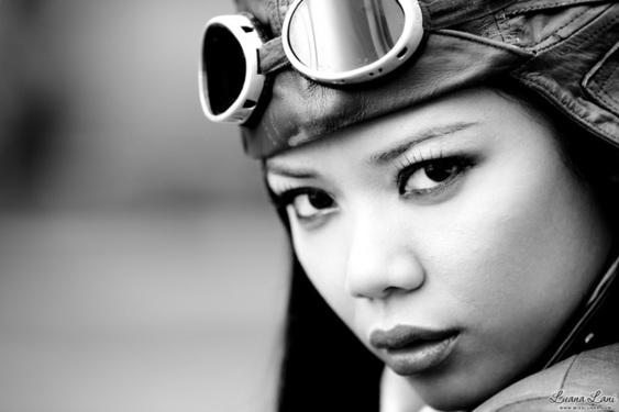Miss Luana Lani Aviator - 04