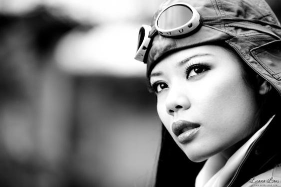 Miss Luana Lani Aviator - 05