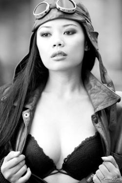 Miss Luana Lani Aviator - 08