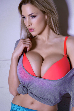 Jordan Carver Bouncy Boobs - 06