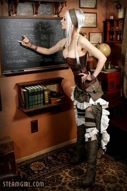 Kato Teaching A SteamGirl Lesson - 02