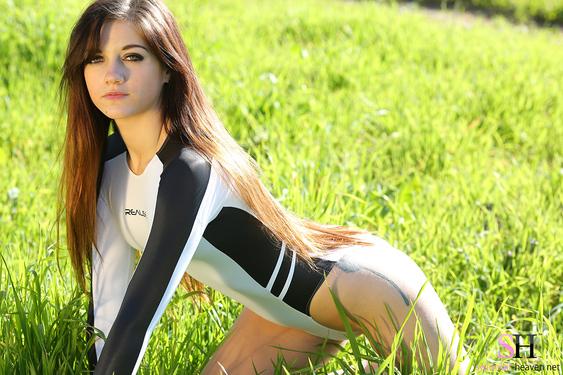 Photo #9 of 15+ | Stella Xo Via SH Models