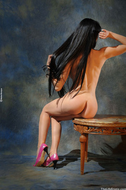 Busty Jessy Classic Pink - 02