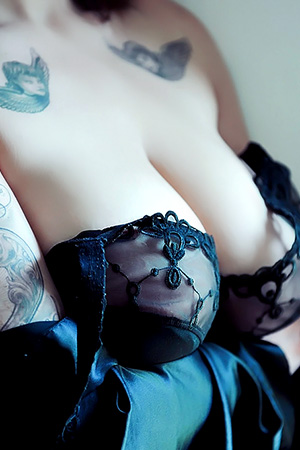 Clio For Suicide Girls