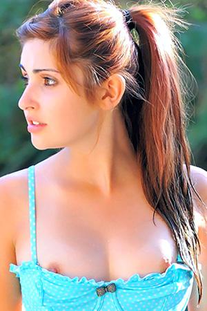 Laleh Via FTV Girls