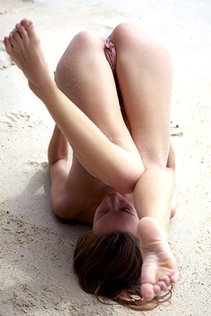 Sexy Naked Beach Body Of Young Angel Mira