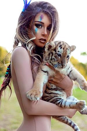 Damn Hot Russian Beauty Diana Melison