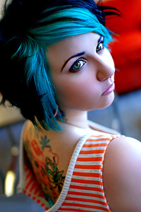 Quinne via Suicide Girls