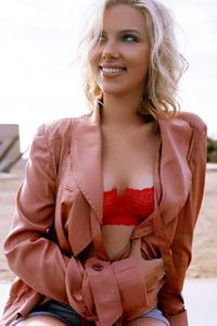 Scarlett Johansson By CelebMatrix