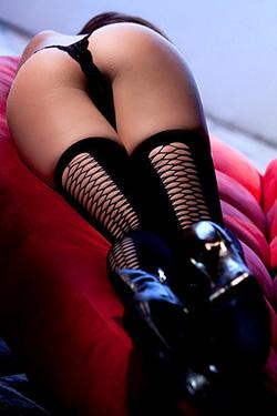 Hot Brunette Aiden Ashley In Black Lingerie and High Heels forr Digital Desire
