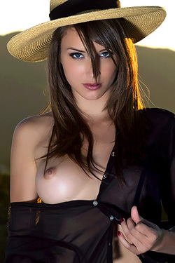 Malena Morgan via Met-Art