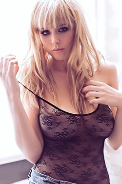 Danielle Sharp Posing Topless