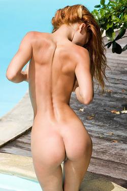 Natural Redhead Melinda