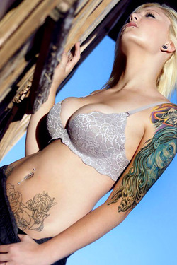 Suicide Girl Alicee