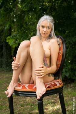 Mother Of Dragons - 11